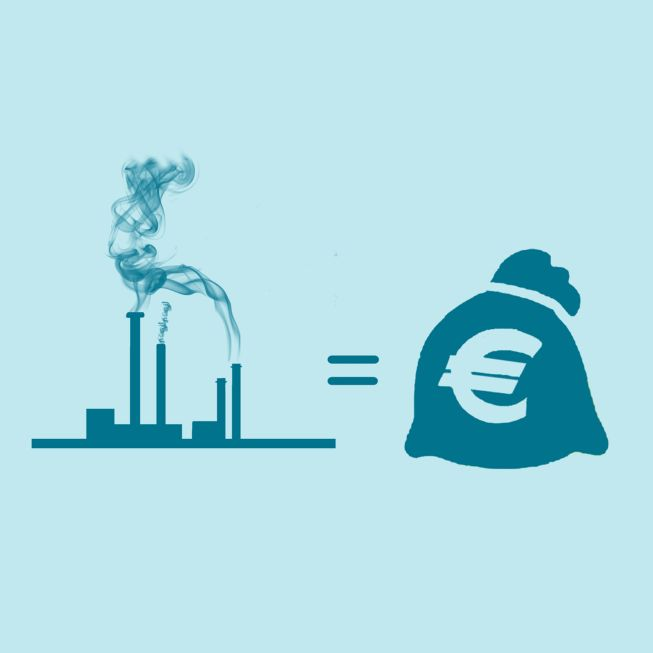 analyzing the polluter pays principle through law The 'polluters pays' principle is the commonly accepted practice that those who produce pollution should bear the costs of managing it to prevent damage to human health or the environment.