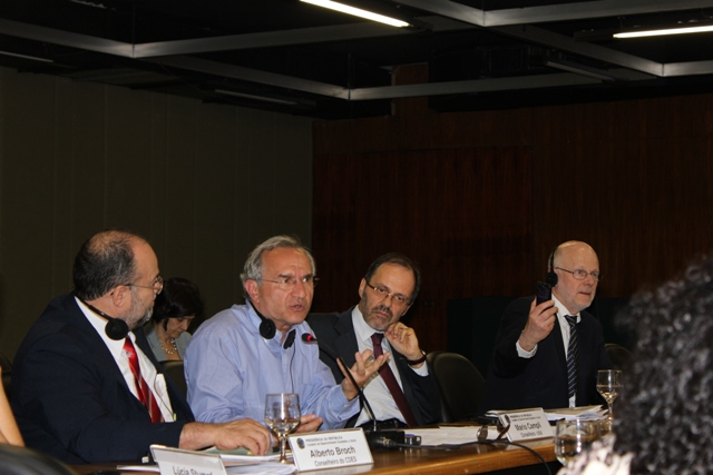 EESC Members at the 4th EU-Brazil Round Table 26.04.2011