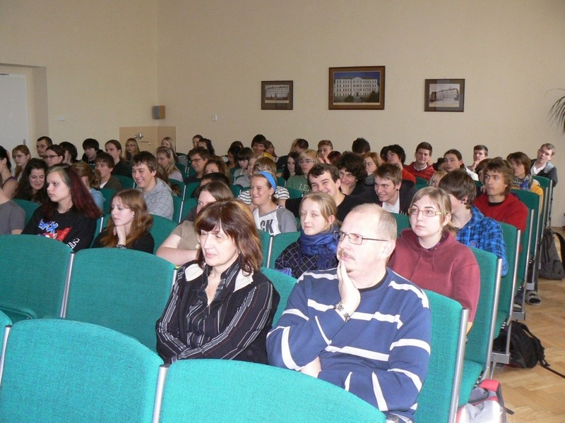 Mr Haken, member of the EESC, visits the Gymnázium Děčín, Czech Republic