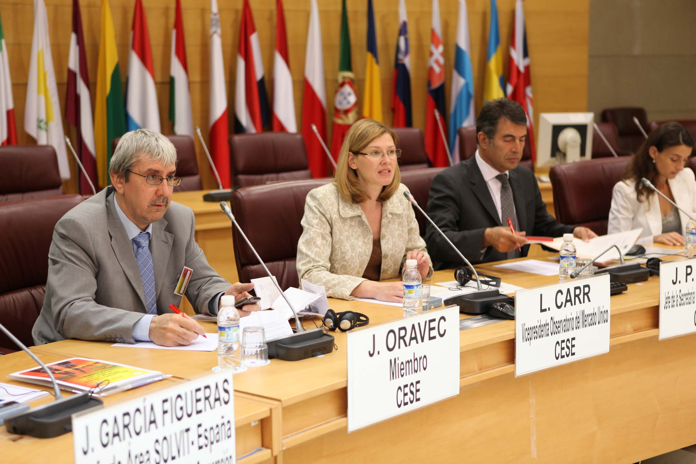 From left to right: Ján Oravec, EESC member, Liina Carr, SMO Vice-Chair, Jean-Pierre Faure, SMO secretariat, Cristina García, OHIM