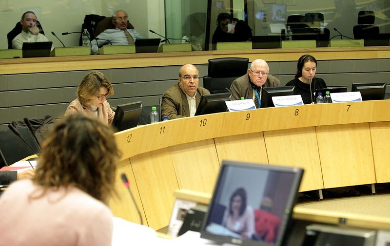 Photo 09 : Roundtable C panel: Said Darwane (facilitator), EESC Member Xavier Verboven (moderator), Eva-Maria Asari (rapporteur)