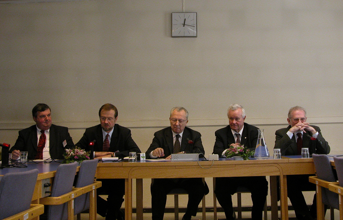 Mr Dermot McCARTHY, Mr Alojz PETERLE, Mr Jacques DELORS, Mr Roger Briesch, Prof. Bronislav GEREMEK