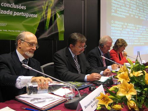 From left to right: Mr Jorge Pegado Liz, Mr Bernardo Hernandez Bataller, Mr Charlie McCreevy and Mrs Elisa Ferreira