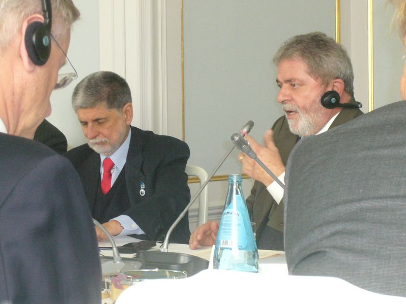 Mr Sepi and Mr Trevisan, co-chairs of the EU-Brazil Civil Society Round Table, speak at the 3rd EU-Brazil Summit, attended by President Lula da Silva, Prime Minister Reinfeldt, President Barroso and Commissioner Ferrero-Waldner