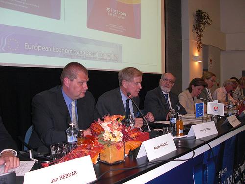 Radek Pažout (Secretary General of the Czech Chamber of Commerce), Bryan Cassidy (INT Section Chairman), Jorge Pegado Liz (SMO Chairman) Nathalie Berger (Head of Unit, DG MARKT, European Commission)