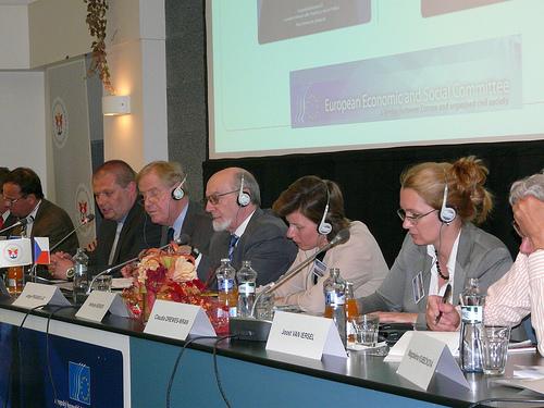 From left to right: Vit Samek, Radek Pažout, Bryan Cassidy, Jorge Pegado Liz, Nathalie Berger, Claudia Drewes-Wran, Joost van Iersel