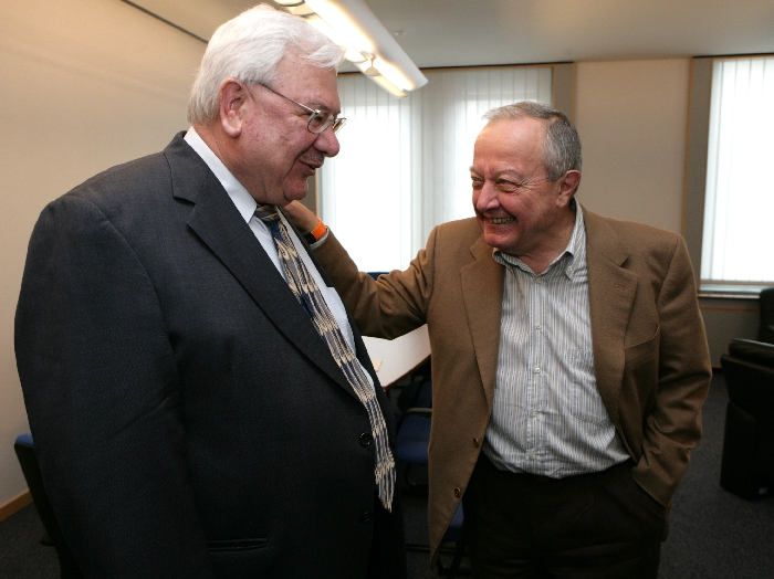 Mr Hanna SINIORA, President palestinian ESC, Mr Mario SEPI, President of the EESC
