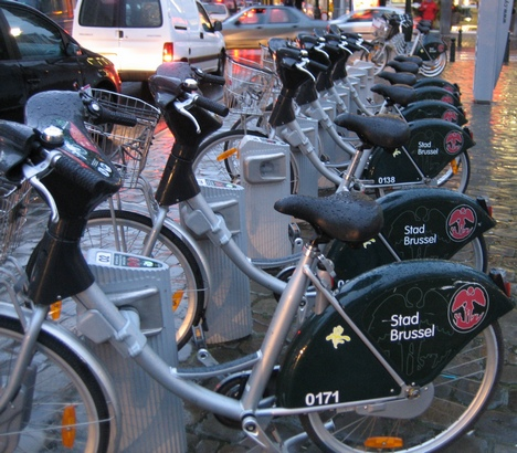 An example of cycling infrastructure: the Brussels self-service bicycle hire system