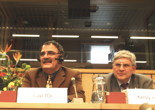 Mr Yucel TOP, Coordinator of the Commission for the integration of Turkey, Turkish Progressive Workers' Union, Mr Káróly LÓRANT, Vice-President, Hungarian Civil Society Council