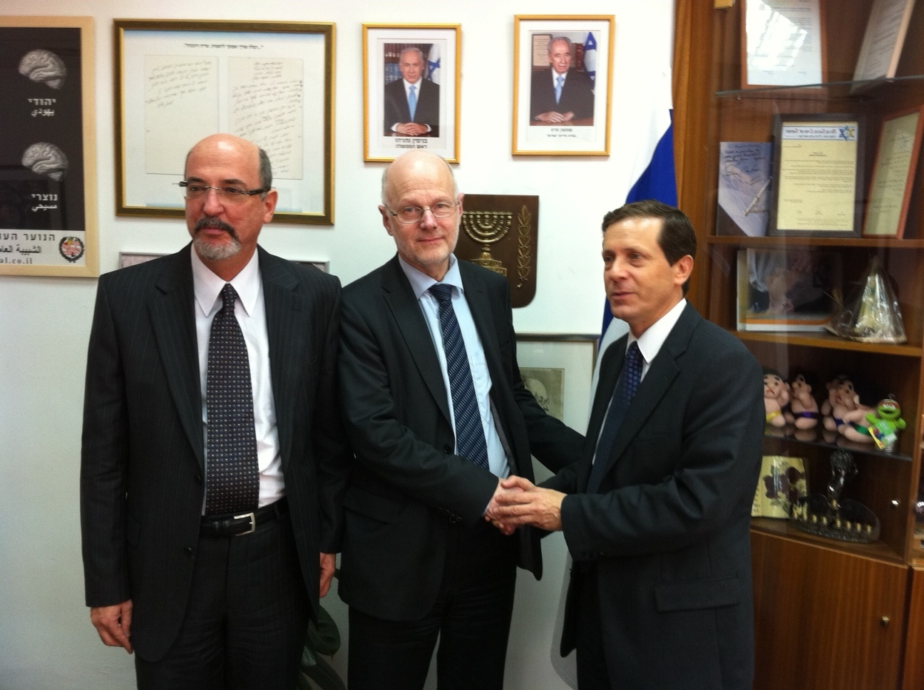 From left: Yehuda Talmon, Staffan Nilsson, Isaac Herzog
