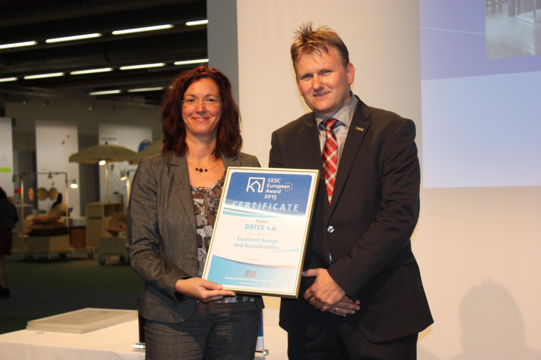 Prix du cese pour le design durable 2015 european for Garderobe x3