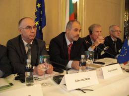 From left to right: Mr DULEVSKI, President of the Economic and Social Council of Bulgaria, Mr MLADENOV, Minister for Labour and Social Policy of the Republic of Bulgaria, Mr CASSIDY, Chairman of the EESC Section for the Single Market, Production and Co...